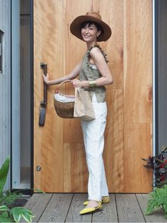 Maki's wardrobe の画像|田丸麻紀オフィシャルブログ Powered by Ameba Tokyo Street Style, Street Style Women, Fashion Over 40, Women's Summer Fashion, Street Outfit, Weekend Wear, Love Her Style, Night Outfits, Comfortable Fashion