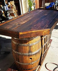 Wood Pallet and Old Barrel Bar | 99 Pallets More