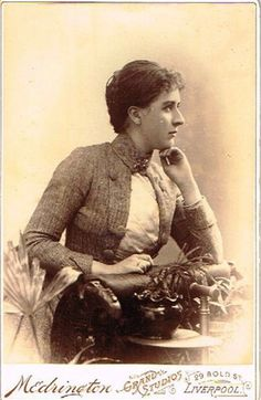 OLD CABINET PHOTO YOUNG LADY VINTAGE FASHION MEDRINGTON STUDIO LIVERPOOL 1880S