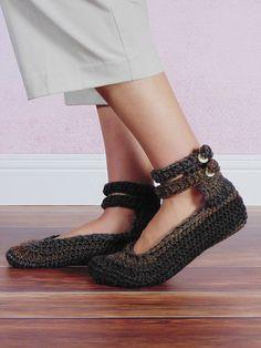 Ravelry: Double Strap Slippers pattern by RAKJpatterns by Kristi Simpson