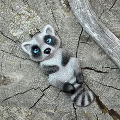 Енотов много не бывает))) #snorky #polymerclay #polymer_clay #raccoon #полимернаяглина #полимерная_глина #енот #енотик