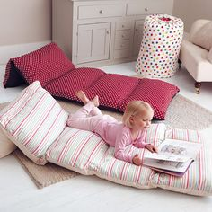 Bed in a Bag - DIY Take-A-Long Bed! Take 5 pillowcases, sew them together and then put pillows in them.