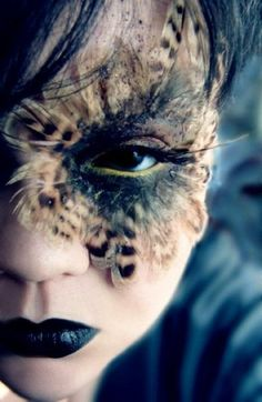maquillage artistique professionnel fille maquiller comme un chat