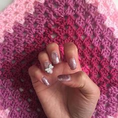 JUST BECAUSE. Glitter everything. Pink everything. Happiness. Nails and WIP matching  #HGDesignsCrochet #HGDC #Crochet #StashBusting #PinkYarn #GlitterYarn #AllTheGlitter #JustBecause #EveryDayIsSpecial #BeHappy #DoMoreHappyThings #Girly #NailsLove #NailArt #NailSwag #GrannySquareLove
