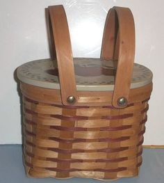 BASKET WITH APPLE DECORATED LID $6.99