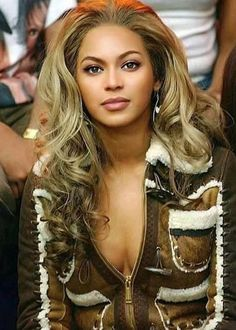 Beyonce World, Beyonce And Jay Z, Beyonce Blonde, Beyonce Style, Queen Bee Beyonce, Beyonce Beyhive, Beyonce Pictures, Cute Celebrities, Celebs
