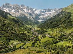 Cirque de Gavarnie Guide du tourisme dans les Hautes-Pyrénées Midi-Pyrénées