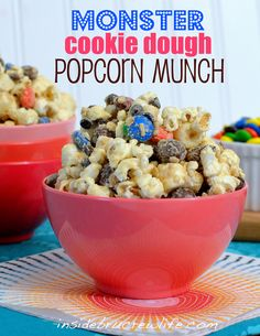 Monster Cookie Dough Popcorn Biscoff and chocolate covered popcorn filled with Ms, cookie dough bites, chocolate chips and oatmeal. Yummy Snacks, Delicious Desserts, Snack Recipes, Yummy Food, Dessert Recipes, Sweet Recipes, Dessert Ideas, Dessert Healthy, Party Desserts