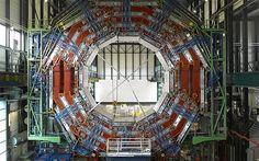 LARGE HADRON COLLIDER, CERN, GENEVA, SWITZERLAND, CMS DETECTER