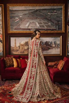 New pakistani bridal dresses Asian Wedding Dress Pakistani, Pakistani Bridal Lehenga, Asian Bridal Dresses, Pakistani Bridal Couture, Asian Bridal Wear, Bridal Mehndi Dresses, Bridal Dress Design, Pakistani Wedding Dresses, Indian Wedding Outfits