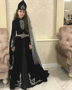 Lovely Girl Image, Girls Image, Traditional Fashion, Traditional Dresses, Anarkali Dress, Cosplay Outfits, Classy Dress, Vintage Dresses, Fashion Dresses