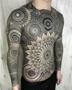 Full body geometrical tattoo with mandala designs. Awesome round desig… Full body geometrical tattoo with mandala designs. Mens Body Tattoos, Dope Tattoos, Body Art Tattoos, Sleeve Tattoos, Tattoos For Guys, Space Tattoos, Dotwork Tattoo Mandala, Tattoo Henna, Mandala Chest Tattoo