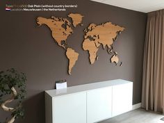 MapaWall wooden world map Oak no borders