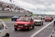 #Peugeot #205 #GTI à #Magny_Cours pour les #Classic_Days. Article original : http://newsdanciennes.com/2015/05/03/grand-format-news-danciennes-aux-classic-days-2015/ Issu de l'article : Grand Format : News d'Anciennes aux Classic Days 2015 #ClassicCar #Voiture #Ancienne