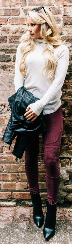 #winter #fashion /  White Turtleneck / Burgundy Skinny Jeans / Black Leather Booties
