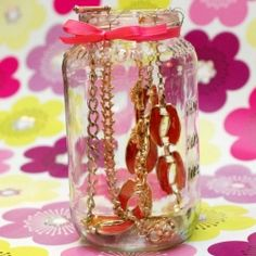 Make a cute DIY jewelry jar to store and organize your jewelry!