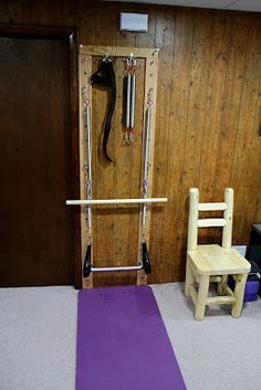 I See: Woodworking project this week - Pilates Springboard Pilates Studio, Pilates Reformer, Pilates Workout, Pilates Yoga, Fitness Workouts, Woodworking Projects Diy, Woodworking Shop, Woodworking Plans, Pilates Chair