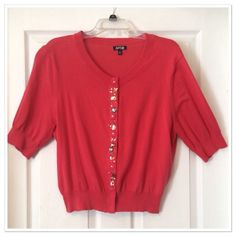 BOGO FreeCoral Embellished Cardigan EUC; no pilling or snags. Hidden snap buttons all the way down, half lengthy sleeves Apt. 9 Sweaters Cardigans