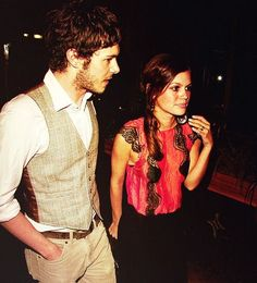 Adam Brody & Rachel Bilson I am absolutely in love with this picture