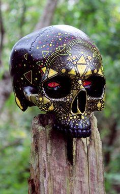 Project for El Jimador Tequla, day of the dead skull customization. Memento Mori, Skull Rock, Photographie Street Art, Day Of The Dead Skull, Skull Painting, Skull Artwork, Sugar Skull Art, Sugar Skulls, Candy Skulls
