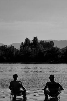 Les Rives du Lac Veynes France by Lou-bella, via Flickr, Provence des montagnes, Hautes-Alpes Rives, France, Bradley Mountain, Provence, Nature, Mountains, French, Nature Illustration, Off Grid