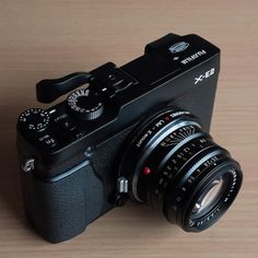 Fujifilm X-E2 w m-mount & Leica 50mm ... Interesting combination