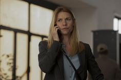Trailers, clip, featurette, images and poster for the eighth and final season of the spy thriller series HOMELAND starring Claire Danes and Mandy Patinkin. London Spy, Carrie Mathison, Homeland Season, Netflix Shows To Watch, Spy Shows, Matthews Rhys, Joanna Garcia, Elmore Leonard, Showtime Series