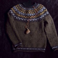 Icelandic Wool Month at Tolt : Knitting with Icelandic Wool by guest b – Tolt Yarn and Wool