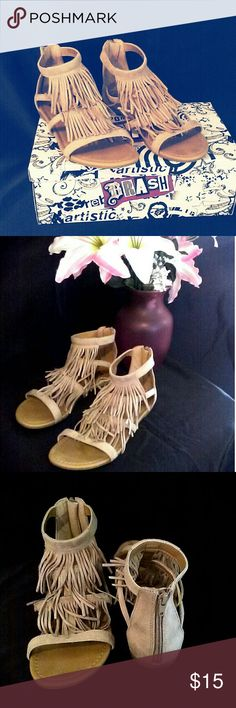 BOHO Tan Sandals with Fringe I absolutely LOVE these shoes and if they fit, I would keep them for myself. The brand is BRASH. They were very lightly worn, they look BRAND NEW!! These are perfect for the BOHO girl, to wear with skinny jeans, shorts, or to the beach! Box will come with the shoes :) Zippers work perfect and I haven't found a fringe or anything missing. They really look brand new! Make an offer ?? Brash Shoes Sandals