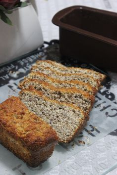 low carb is lekker - banting bread. Loaf Bread Recipe, Lowest Carb Bread Recipe, Low Carb Bread, Low Carb Keto, Keto Bread, Banting Recipes, Low Carb Recipes, Cooking Recipes, Free Recipes