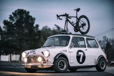 Mini Cooper Classic, Classic Mini, Mini Cooper Custom, Mini Cooper S, Classic Cars, Mini Cabrio, Retro Cars, Vintage Cars, Enjoy The Ride