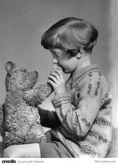Gerçek Winnie The Pooh ve Christopher Robin, 1927.