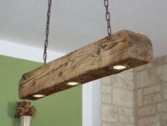 **Diese Lampe ist ein von mir in liebevoller Handarbeit gefertigtes Einzelstück. Bei allen Bildern handelt es sich um Originalbilder.** Diese schöne Lampe bzw. der alte Holzbalken ist ca. 90 cm...