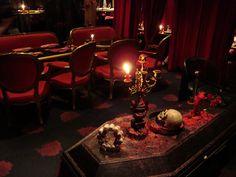 Vampire Cafe in Tokyo Coffee Maker, Kitchen Appliances, Coffee Percolator, Home Appliances, Coffeemaker