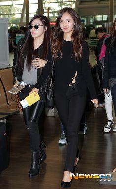 SNSD 'คู่สีดำเก๋ไก๋ ~' ทิฟฟานี่ยูริ สนามบินอินชอน 131018 SNSD at Incheon Airport  gg world tour Beijing