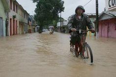 Xapuri, Acre vive a maior enchente da história - material produzido agencia  REUTERS/Odair Leal