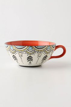 WHY cant i think up designs like this when in All Fired Up or Color Me Mine? Ceramic Cups, Ceramic Pottery, Ceramic Art, Pottery Painting, Ceramic Painting, Crackpot Café, Design Café, Design Color, Design Trends