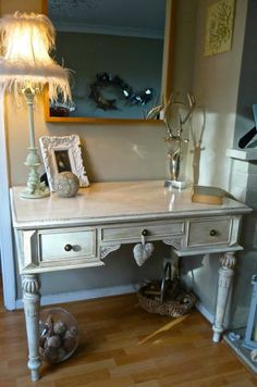 ELEGANT VINTAGE DESK DRESSING TABLE HALL TABLE ANNIE SLOAN FRENCH COUNTRY STYLE