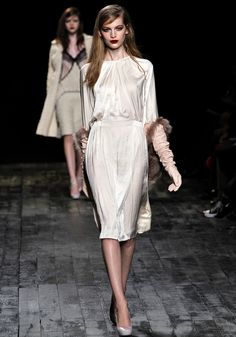 If I were to go back to Paris this would be the dress I arrive in...
