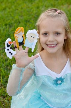 Frozen Finger Puppets from The Idea Room