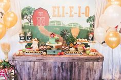 Farm Yard Birthday Party, First Birthday Parties, Birthday Party Decorations, Boy Birthday, Mcdonalds Kids, Chocolate Soil, Desert Table, Backdrops For Parties, Country Decor
