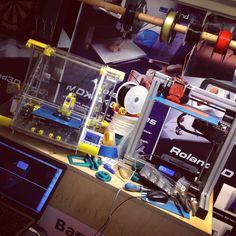 ZMorph ja Felix 3D-tulostimet vierekkäin.