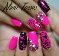 Hot pink splatter my crazy nails nails, splatter nails и tre Pink Nail Designs, Short Nail Designs, Nail Polish Designs, Acrylic Nail Designs, Glam Nails, Bling Nails, Beauty Nails, Pink Black Nails, Hot Pink Nails