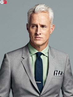 Grey Suit, Shirt lighter than tie, pocket square different pattern than tie...Bam.
