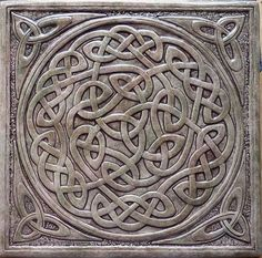 Celtic inspired tile - wahrheidin