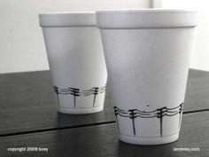 Cheeming Boey aka Boy Obsolete, is an artist from Malaysia, but he lives in Newport Beach, USA. We do not know much about him, surely he has a passion for drawing on coffee cups with his Sharpie pen. > flickr.com > iamboey.com