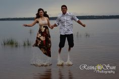 Engagement Photography #engagement #engaged #funphotography #risingsunphotography