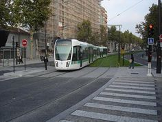 Last week, Yonah Freemark at Next American City looked at a recent public transportation phenomenon in France: the rise of the tram...