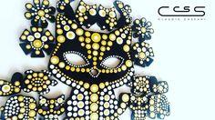 #Gato de llavero en acrílico negro pintado a mano con nuestra nueva combinación dorada de la línea metalizada #ClaudiaCassani