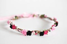 Black and pink crown Crown with roses with beads and pearls